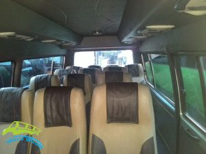interior Isuzu Elf Short 15 Seat