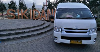 Rental Hiace di Jakarta Untuk Wisata