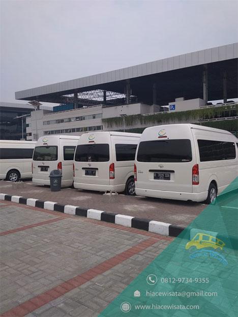 sewa hiace murah terbaik di Jakarta utara