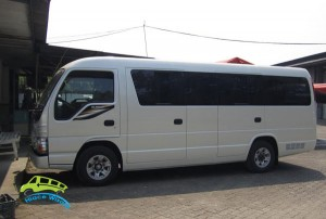 elf long sasis exterior-19-seat (1)
